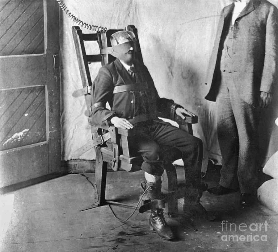 The electric chair was invented by a dentist.
