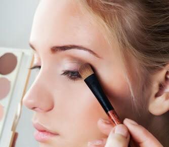 1) avoid putting foundation on ur eyelids