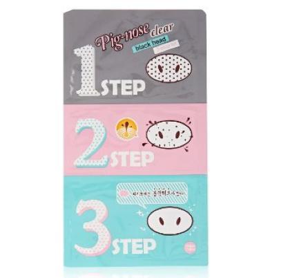 Holika Holika Pig-nose Clear Black Head 3-Step Kit opens pores, removes blackheads, and minimizes pores using three strips.