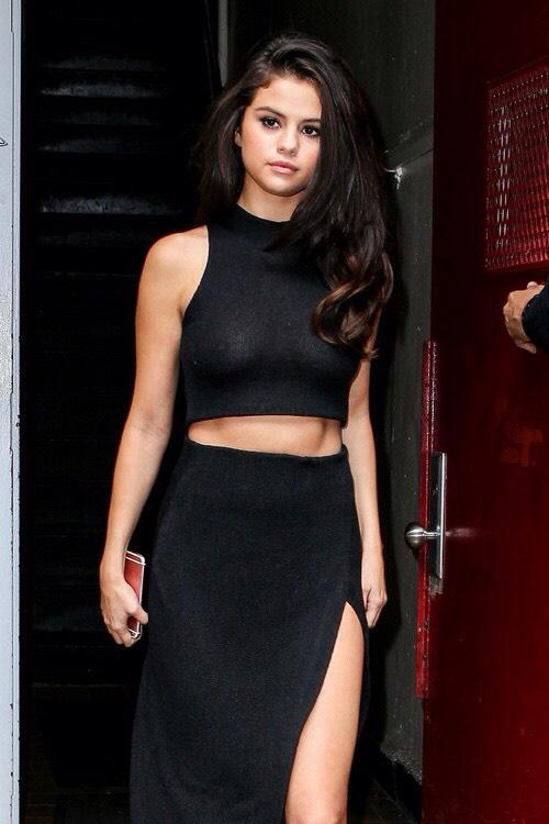 Selena Gomez - selenagomez