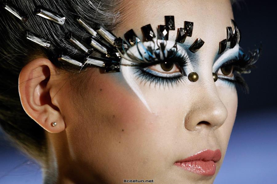 Fashion, Hair, Makeup for Older Women, Senior Dating