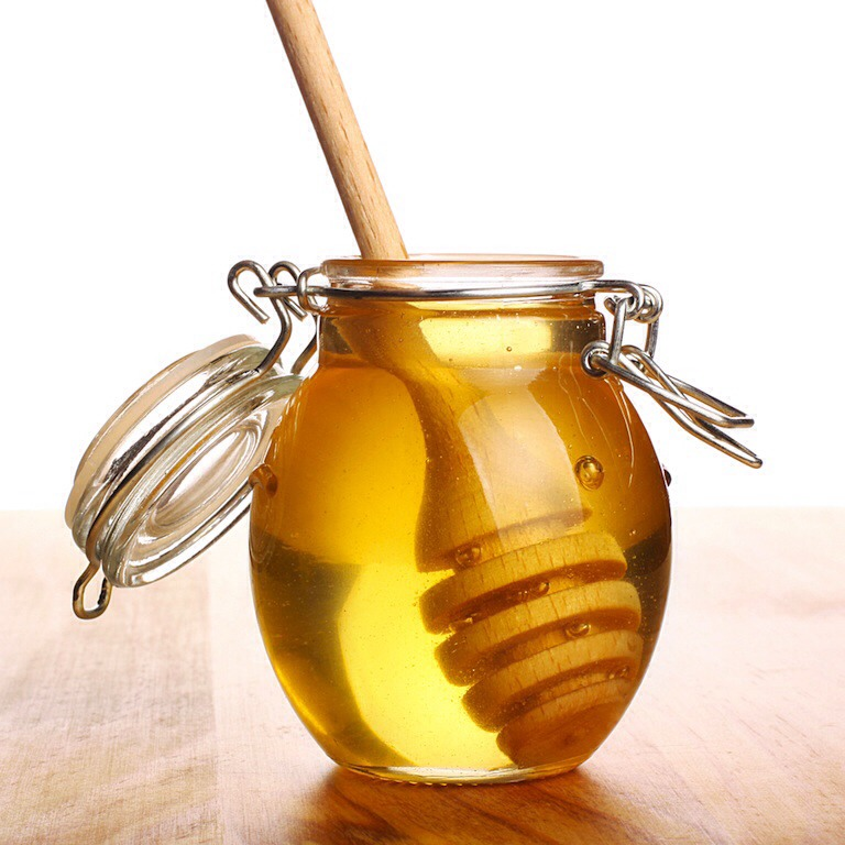 3.         Honey has many beneficial effects, one such excellent way to get rid of oily skin has been to apply a thin layer of honey over your face and wash it after 15 minutes.