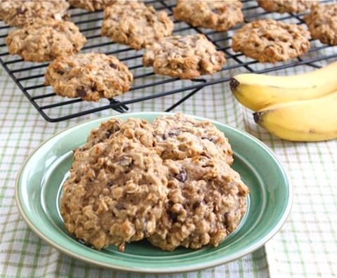 Here's a recipie to make these easy healthy cookies with just 2 ingredients! →→→→→→
