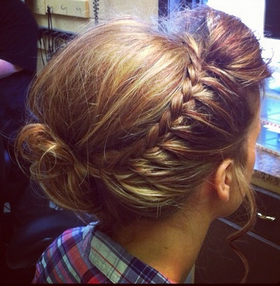 A Braided bun is the best hair design to wear on a casual and classy outing