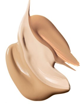Probably every woman uses foundation. They leave the house looking like models, but come home looking a bit dreadful. However, i know a tip that will end the dreading.