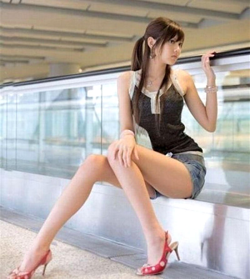 Asian legs pics