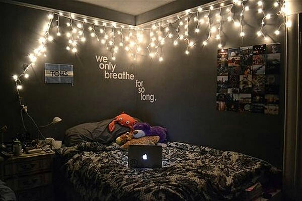 Super Inspiring Ideas You Can Use Christmas Lights In Your Bedroom. Musely