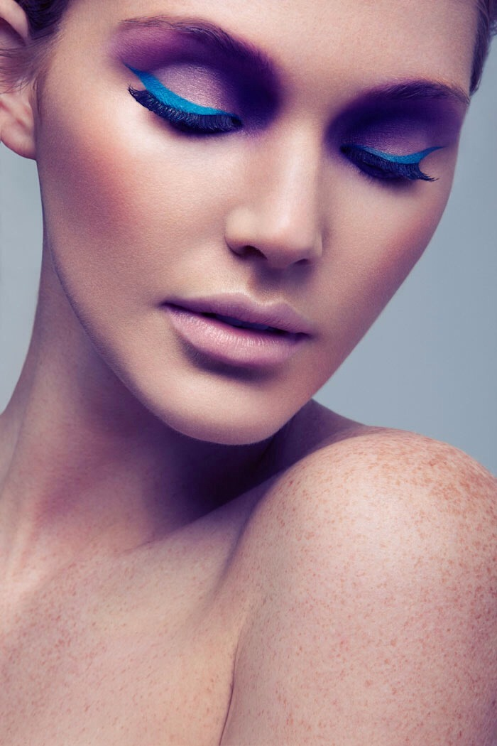 Skip the bright eyeshadow and opt for a bold eyeliner. Try to stay away from neon colors and move toward earthy colors!