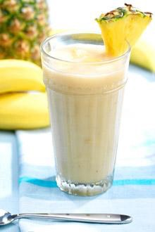 Pineapple and Banana Smoothie: 4 ice cubes 1/4 fresh pineapple (peeled, cored, and cubed) 1 large banana 1 cup pineapple or apple juice