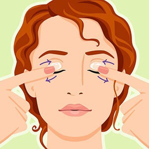 Applying Vaseline to your eyelids can moisturise them and help prevent wrinkles and putting it on your eye lashes will help them grow.