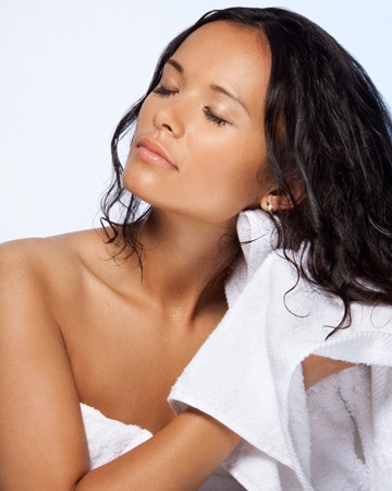 Tip #5 Rubbing your hair with a towel when it's wet can ruffle the cuticle and cause tangled, so gently squeeze out excess water.