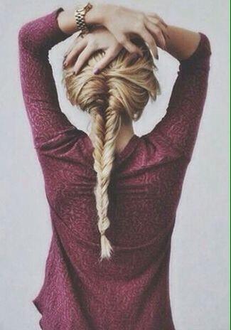 Small Fishtail braid! ☕️