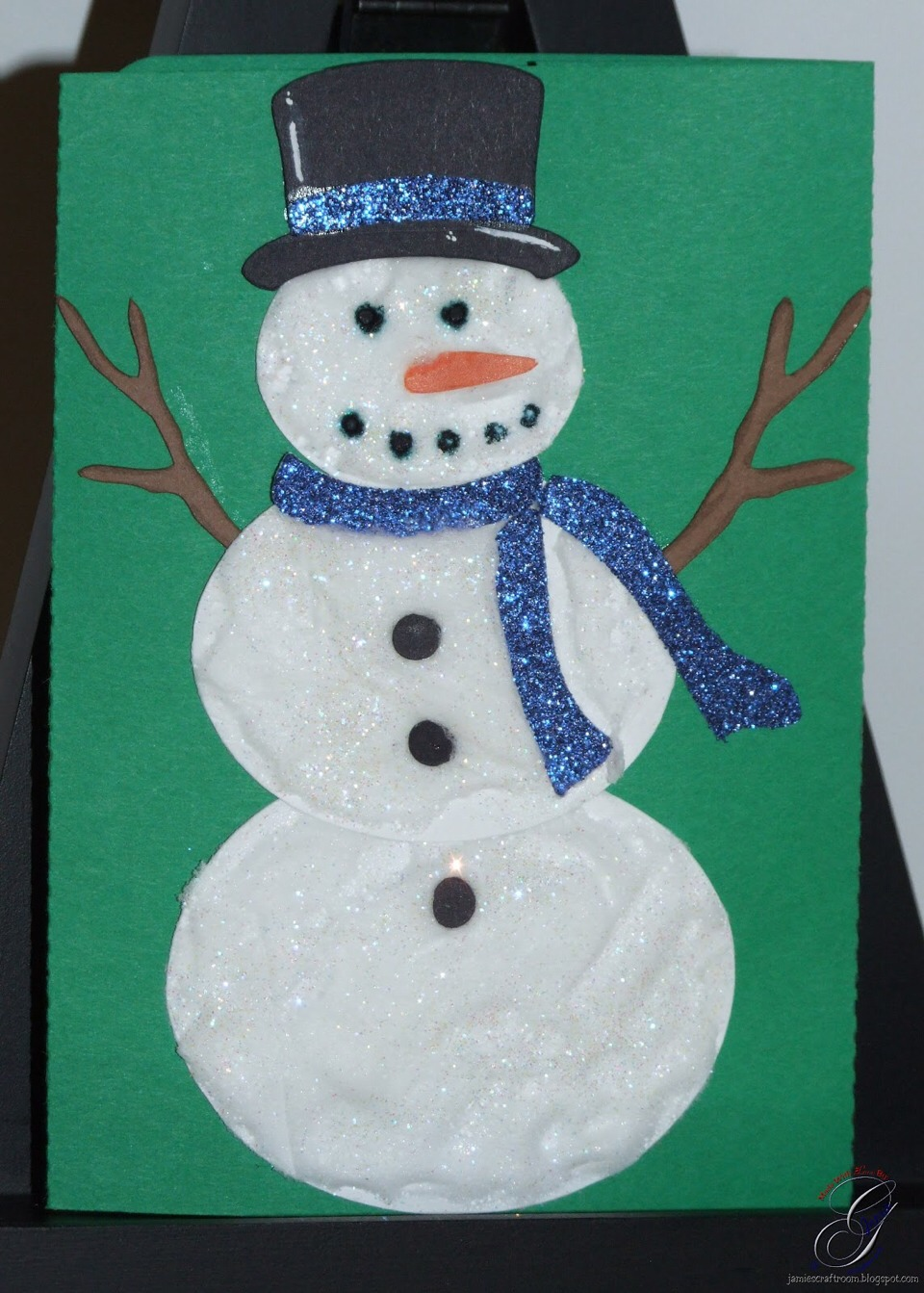 Let your kids enjoy and make snowflakes too, could also mix with green paint to make christmas trees too