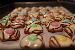 6.  Allow the treats to cool for a few minutes, then place them in the refrigerator to set, about 10 minutes.