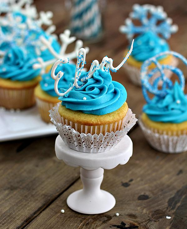 The PDF printable easily goes under the wax paper so it's super easy to see what you are doing! Let the chocolate creations cool and bam….Frozen Cupcakes!