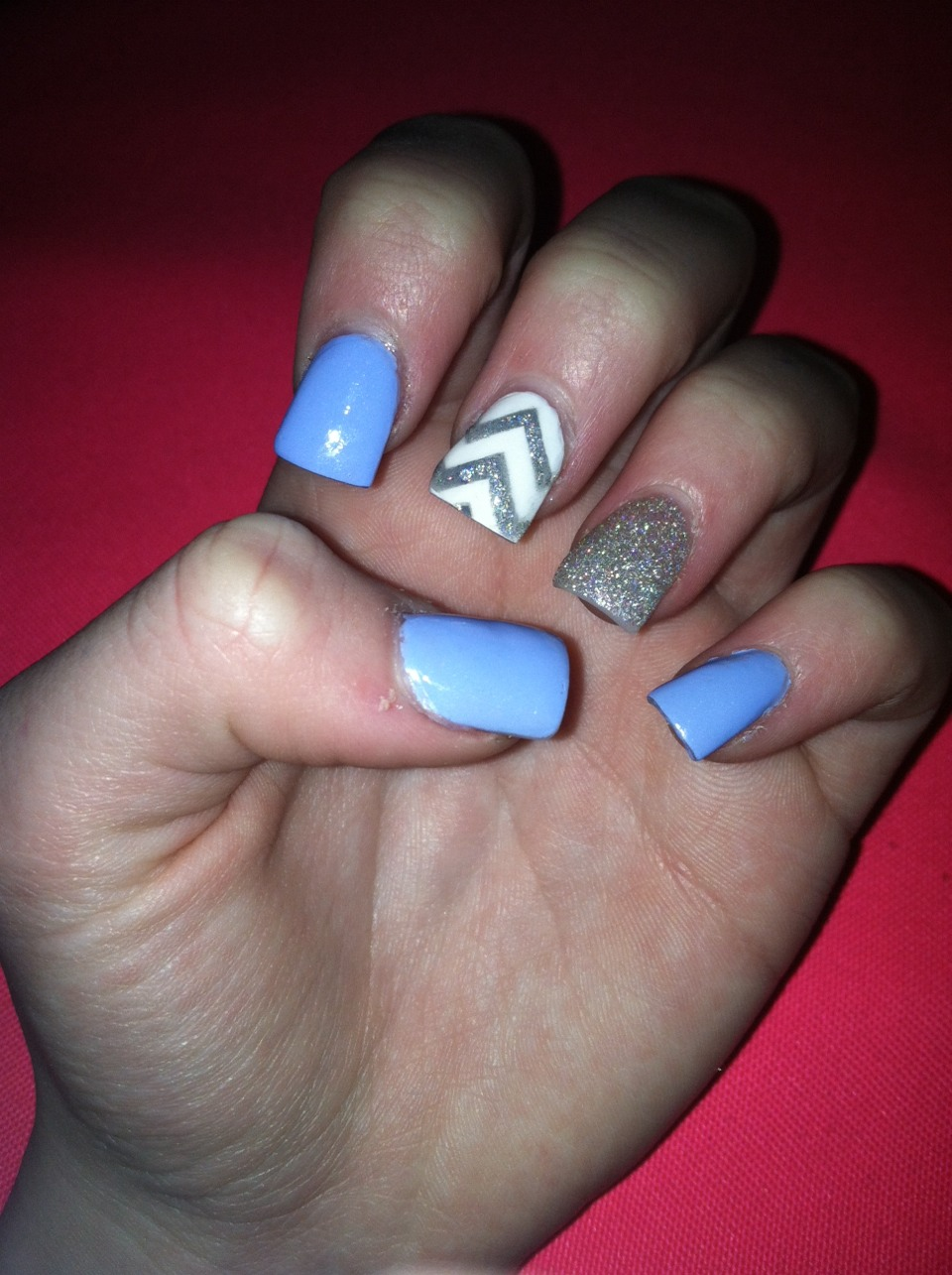 My nails right now Video---------->