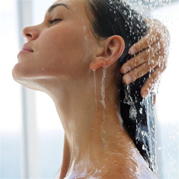 7. Cold Water Rinse Before you step out of the shower, douse your mane in cold water for a few seconds. This will help seal your hair cuticles, and prevent moisture loss and heat damage. Alternatively, avoid using scalding hot water when washing you hair, as it can weaken your strands.