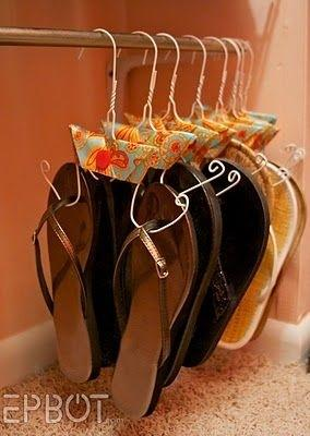 10. Use old hangers to easily store sandals.