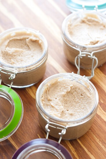 COCONUT AND SUGAR SCRUB   Use coconut oil and sugar together to hydrate your skin making it look healthier and more moisturised.