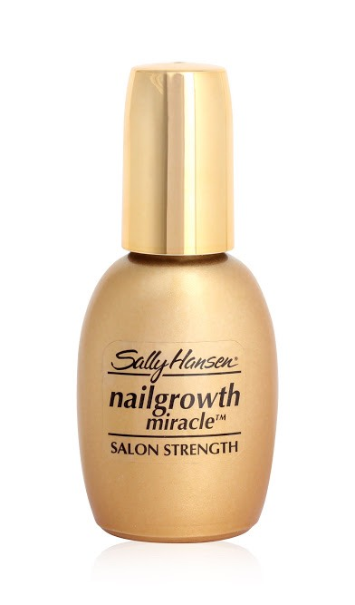 Do your nails grow really slow? This is so amazing ! I was spending £40 a month ($65) on trying to keep my nails healthy and get them to grow quickly with endless shellac treatments, then my friend told me about this, and it is AMAZING! My nails are now so strong and grow so quickly it's ridiculous