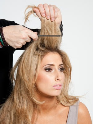 Just back comb the top section of your hair and either wear it in a loose pony tail or wear it down. Your greasy hair will be no more and you'll have instantly volumized hair!