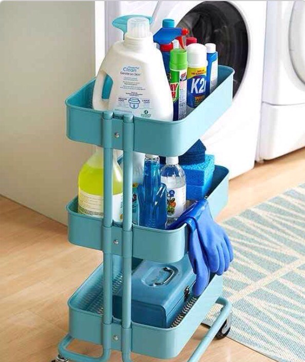 Use the Råskog for cleaning supplies that you can wheel from room to room! Anything that makes cleaning easier and faster is a huge plus in my book! 👍🏻