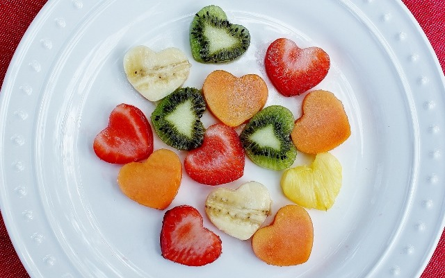 using the cookie cutter just cut the fruits that you picked, peeled & washed.