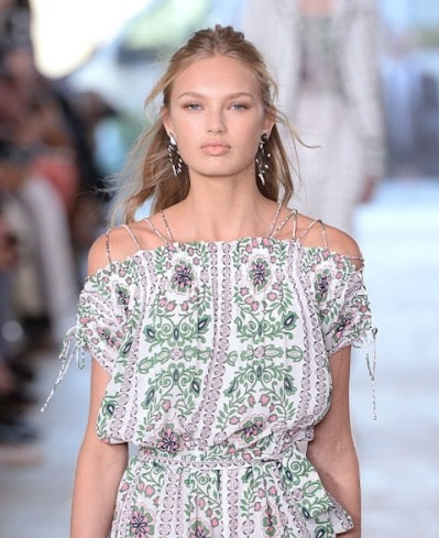12. Tory Burch  The models at Tory Burch looked effortlessly beautiful with this loose, half-up, half-down hairstyle.