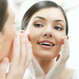 Use a facial moisturizer. This keeps your face hydrated throughout the night!