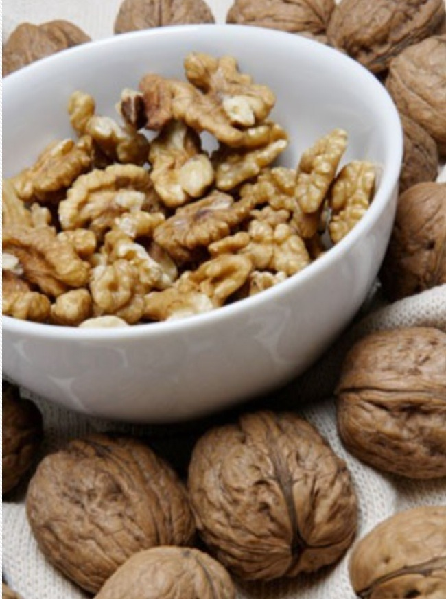Walnuts are richer in heart-healthy omega-3 fatty acids than salmon. They're also loaded with more anti-inflammatory phytochemicals (polyphenols) than red wine and contain half as much muscle-building protein as chicken. Consume one daily 1-ounce portion, or about seven nuts.
