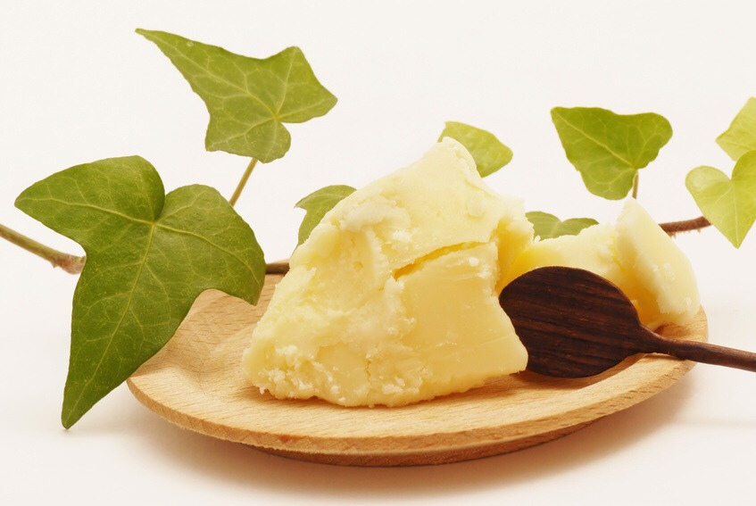 SHEA BUTTER  While not an oil, natural shea butter is a luxurious moisturizer for the face and body. Also non-comedogenic, meaning it doesn't clog pores!  HEMP SEED OIL  Hemp is the most nutritious crop grown in the US. This oil is also non-comedogenic, and makes your face smooth as a baby's.