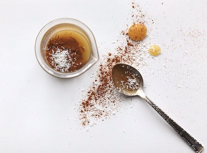Coffee, Brown Sugar and Olive Oil|This exfoliating mixturenourishes + effectively cleanses dead cells. By massaging it you also improve microcirculation, which removesexcess water from your skin + make it appear firmer (coffee is said to fightcellulite + prevent water retention).