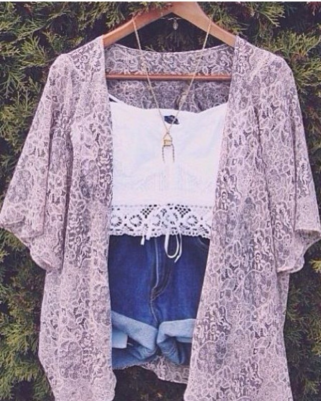 Outfit #7 •This is an outfit you can where anywhere, anytime, any place. It's so simple, but so chic!💓