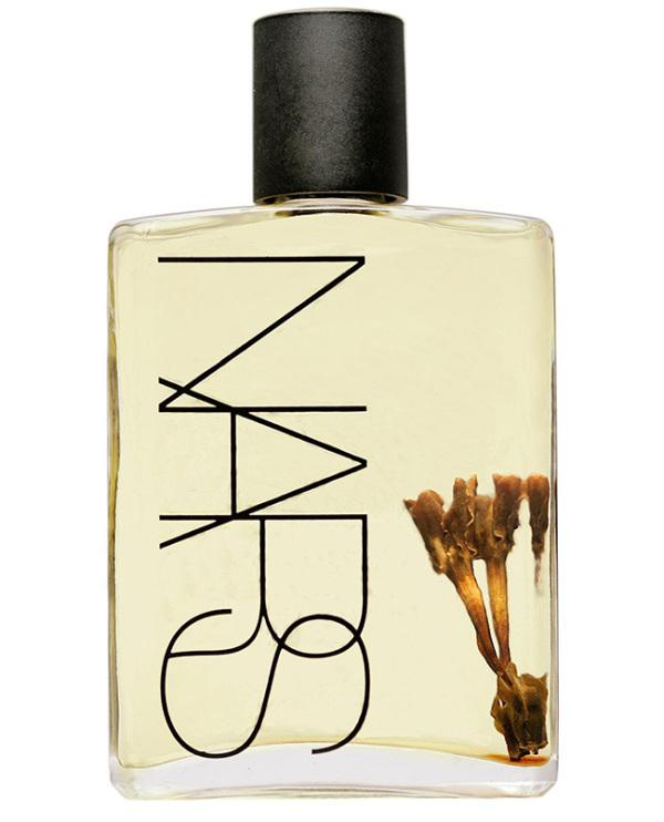 Nars' Monoi Body Glow has been one of their cult items for several years as the moisturizer that gives supermodels' skin that glow (mostly evidenced in the flashes of paparazzi cameras). As the top-shelf ticket of monoi oil, it is divinely scented with a tiare flower & sinks into the skin beautiful.