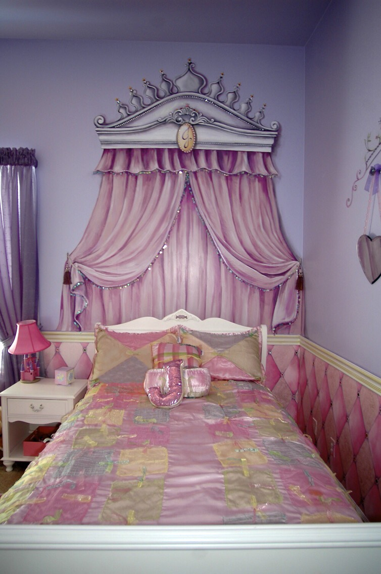 DIY Princess Themed Bedroom: Princess This Room Is Perfect ...