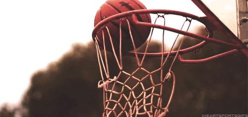 I personally love and play basketball 🏀💕
