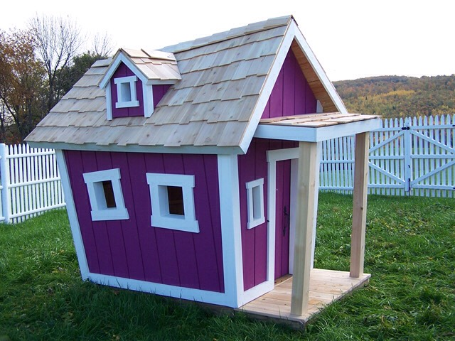 Build a treehouse or playhouse