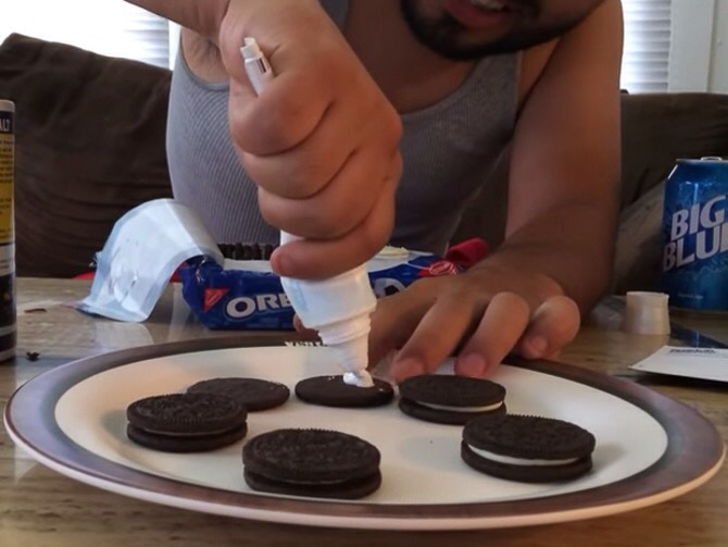 Toothpaste in the middle of and Oreo