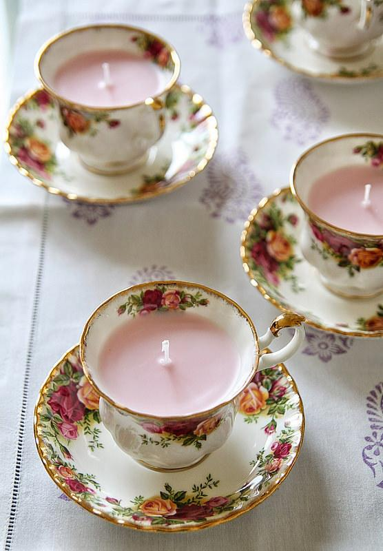 2. These pretty little teacups.  http://mykitchenantics.blogspot.co.uk/2014/12/diy-home-made-gifts-for-christmas.html