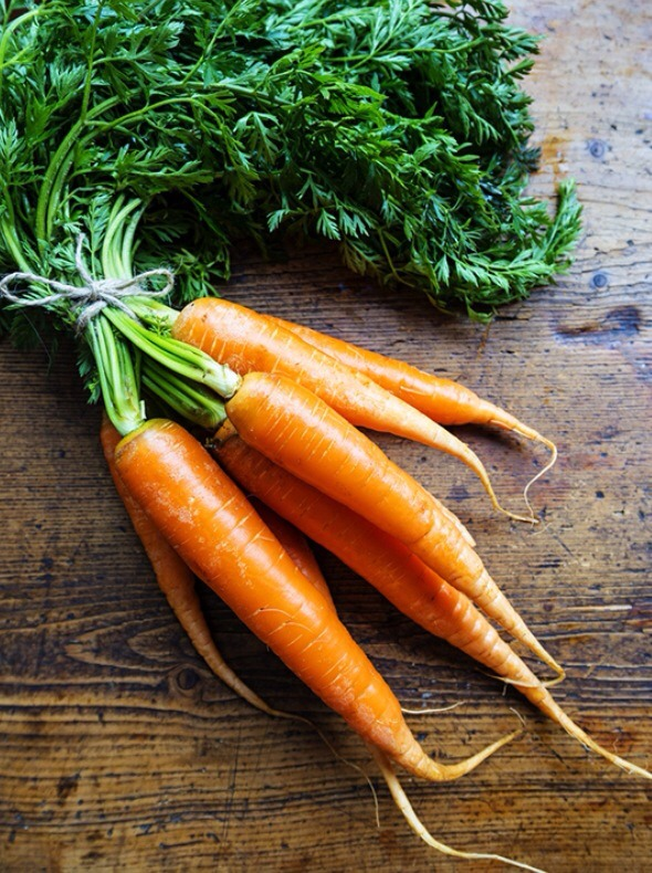 Ingredients:  1 carrot, washed with top removed water 1 tbs organic coconut oil