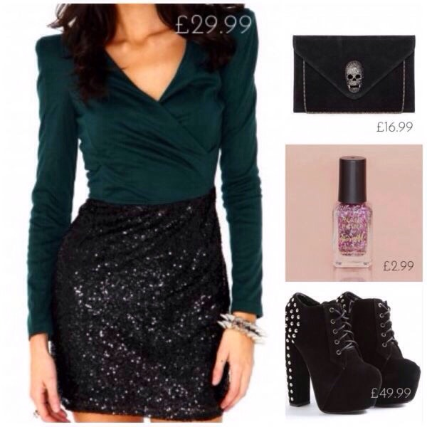 89b30497b29 Great Outfits Ideas For A Christmas Party Or Just A Small Christmas  Celebration❄ 🎁🎄