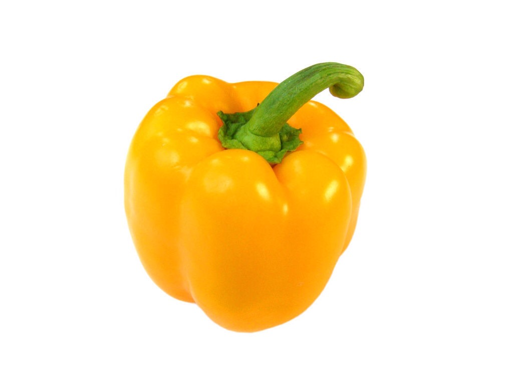 Yellow Peppers:   Yellow bell peppers have nearly five and a half times more vitamin C than oranges (341 milligrams, as opposed to 63). This is good news for your locks since vitamin C is an antioxidant that strengthens the hair shaft and hair follicles, as well as prevents breakage.