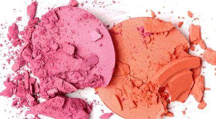 Blush squared Maybe you're feeling a Pop of pink on your cheeks today, but leaning more towards a shade of Orange Crush tomorrow... Why choose between two gorgeous hues when you can have both? Revolutionize your makeup wardrobe with not one but two ripe & vibrant cheek colors!