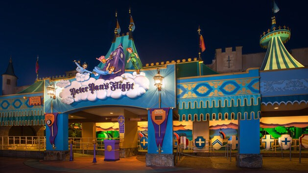 Peter Pan's Flight Fly over London with Peter Pan aboard a magical pirate ship to Never Land.  Height: Any FP+: Yes