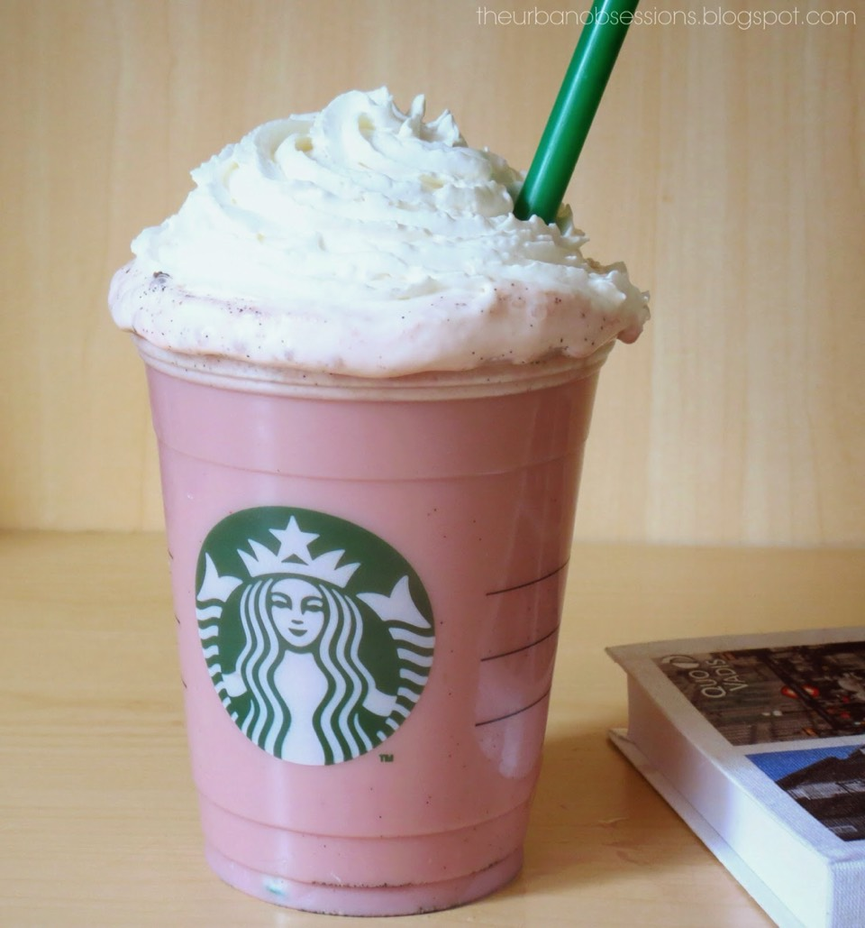 Today I'm going to show you how to make Starbucks cotton candy frap! It taste just like the Starbucks one!!! Well I hope you like this frap!!!!! And don't forget to like and share this tip!!!! 👍