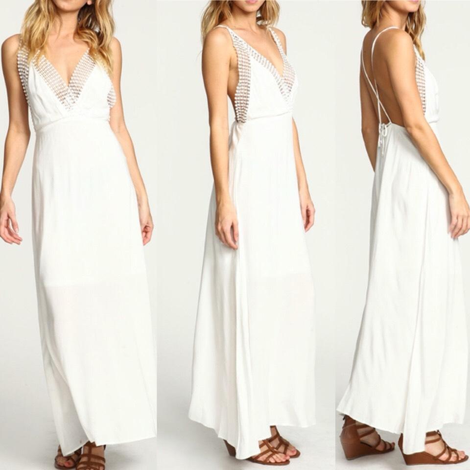 $11.99 http://m.romwe.com/Crisscross-Back-Beach-Dress-p-151027-cat-724.html