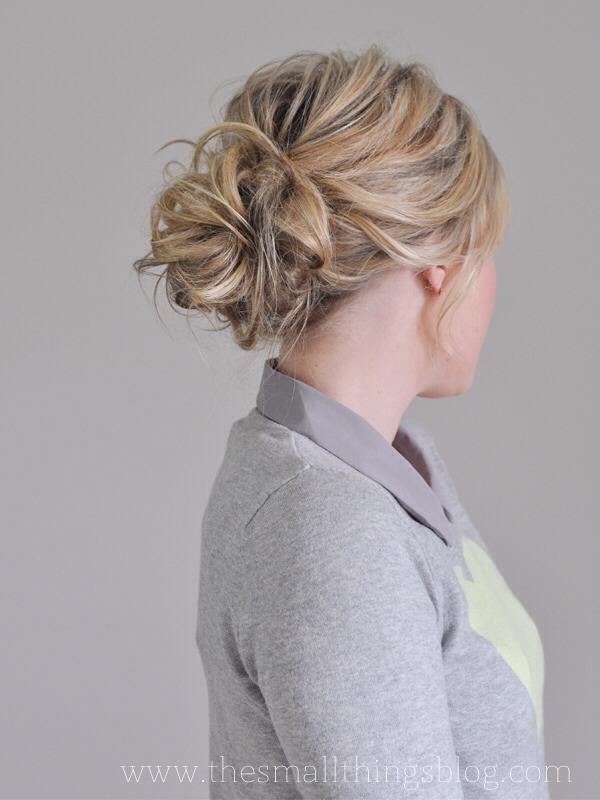 how to put a bun in my hair