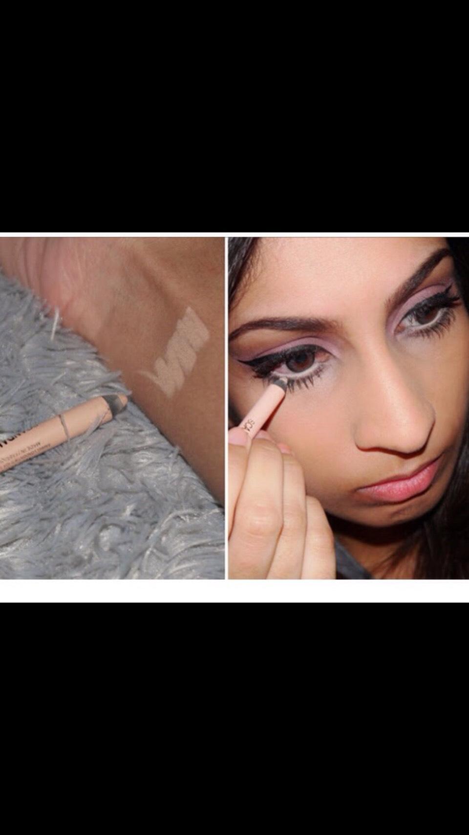 Use light eyeliner to make you're eyes pop, look bigger and fuller👀