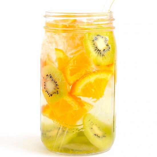 Orange-Kiwi Infused Water 2 cups of water or sparkling water 2 cups of ice 1 orange, sliced 2 kiwis, peeled and sliced  *Combine all in a large mason jar or jug and drink immediately or let sit in fridge for 1-4 hours to soak in additional flavor.