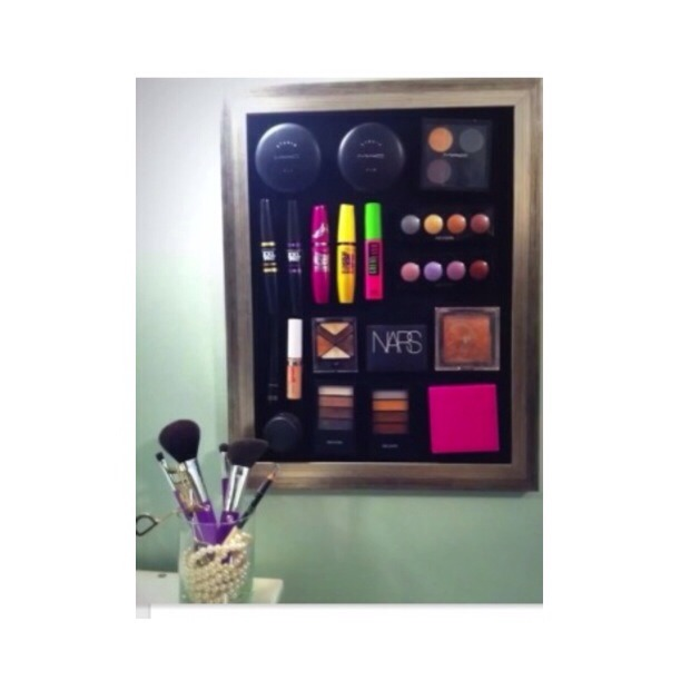 Store your makeup on a magnet board